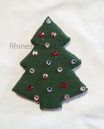 Glue rhinestones to the tree pin